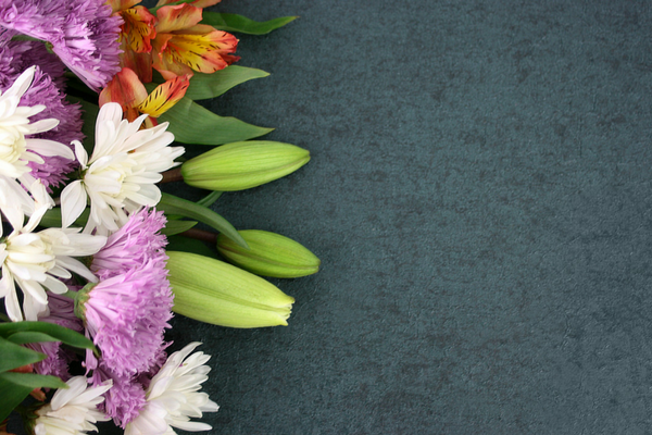 Beautiful flower arrangement of lilies for Easter | Sparkhouse Blog