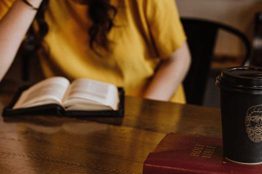 051619_SCH_blog_sudying-bible_2